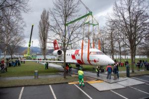 Un avion-ambulance de la Rega au Musée des transports